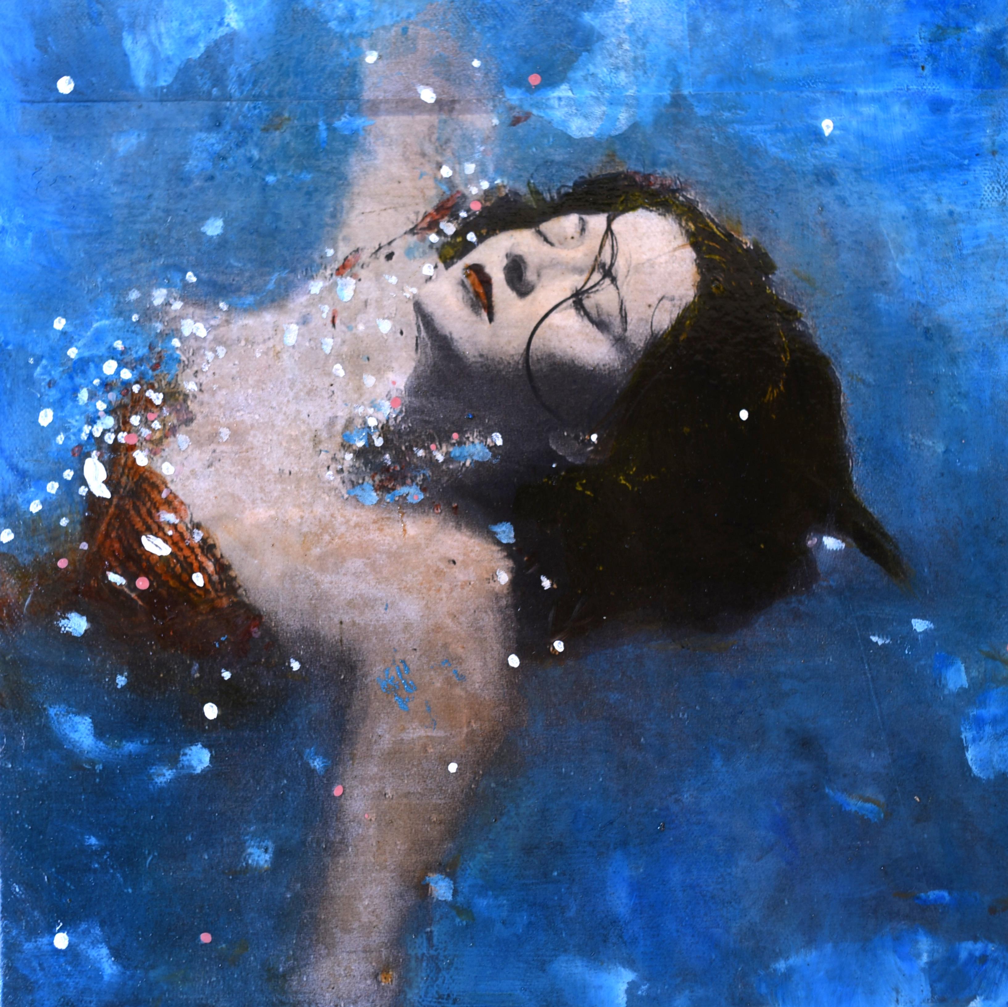 Olukman In the water
